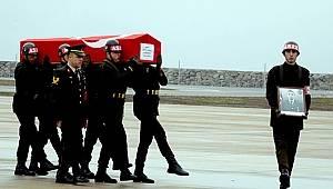 El-Bab şehitlerinden Piyade Uzman Çavuş Emre Doruk'un cenazesi memleketi Giresun'a getirildi