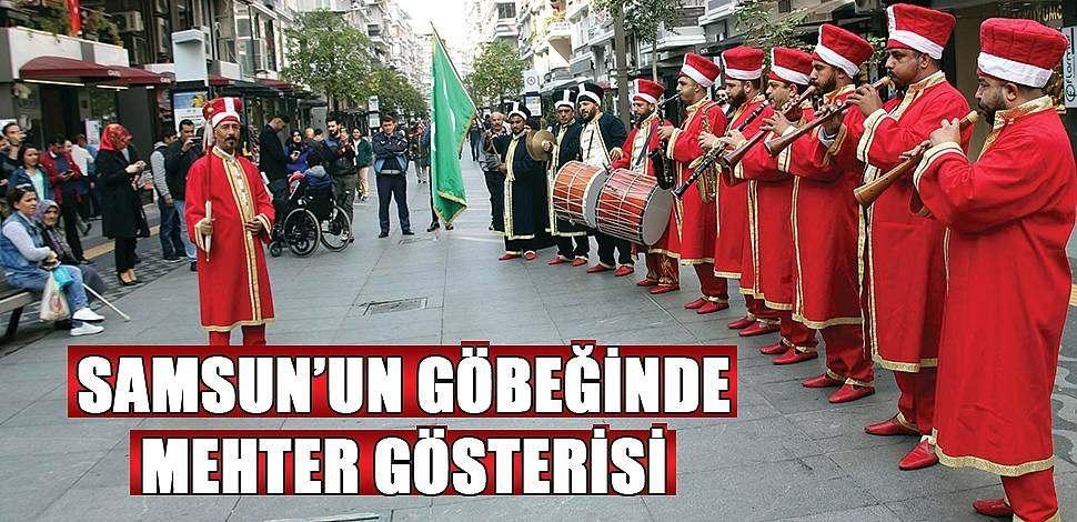 SAMSUN HABER - İstiklal Caddesi'nde mehter gösterisi
