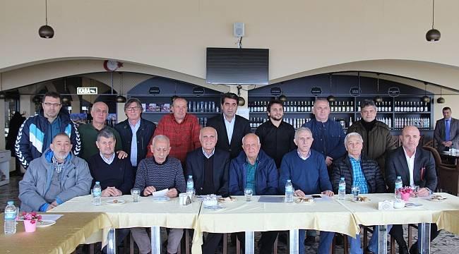 Eski futbolcular, kulüp için bir araya geldiler