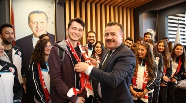 """Başkan Taşçı'dan OMÜ'lülere davet: """"Haydi Samsun tribüne"""""""