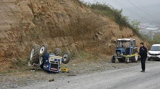 Devrilen traktörün kadın sürücüsü öldü