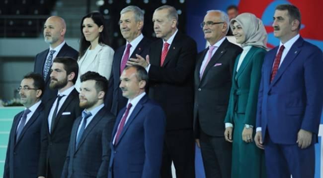 Cumhurbaşkanı Erdoğan AK Parti adaylarını tanıttı