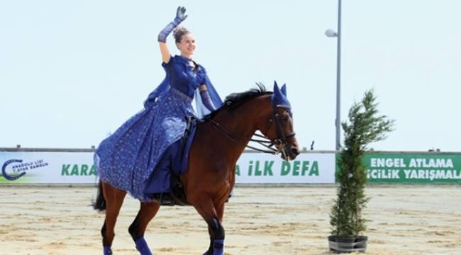 Yabancı gelin Samsunlu çocuklara at sevgisi aşılıyor