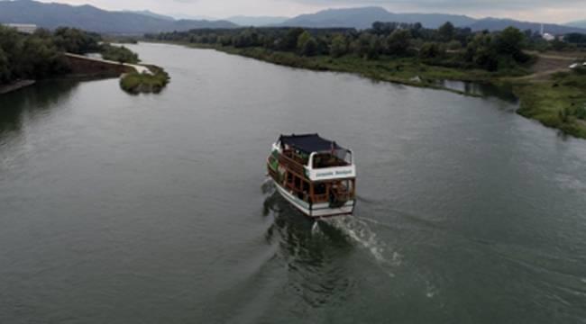 Yeşilırmak'ta 70 yıl sonra tekne keyfi