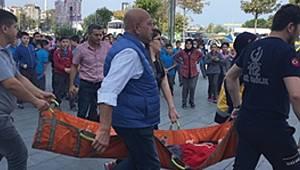 Piazza'da korkunç kaza: 12 öğrenci yaralandı