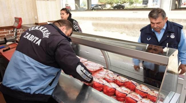 Tekkeköy Belediyesi zabıta ekipleri göz açtırmıyor
