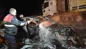 Samsun'da tırla çarpışan lüks otomobil yandı: 1 yaralı