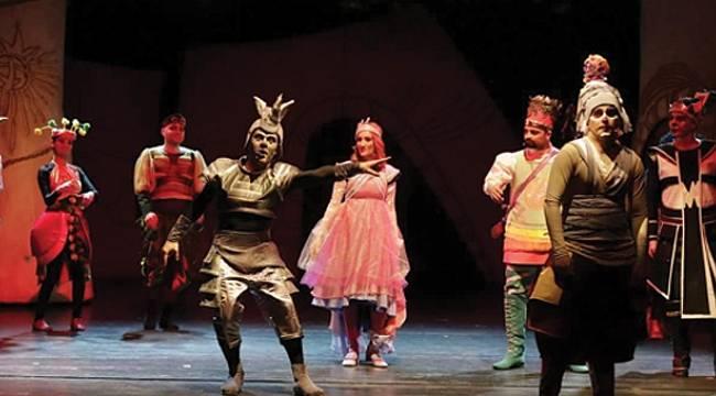 Türkiye'nin ilk seri müzikali Samsun'dan