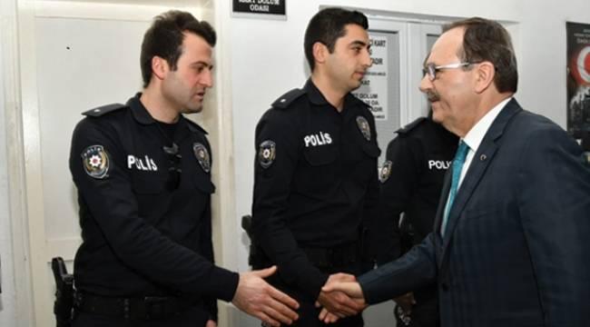 Zihni Şahin, Polis Okulu'nu ziyaret etti
