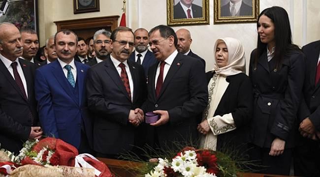 Samsun Büyükşehir Belediye Başkanı Mustafa Demir görevi devraldı