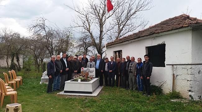 Şehit Mehmet Karatut, kabri başında anıldı
