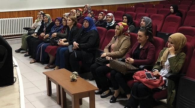 Çarşambalı kadınlara bilgisayar eğitimi