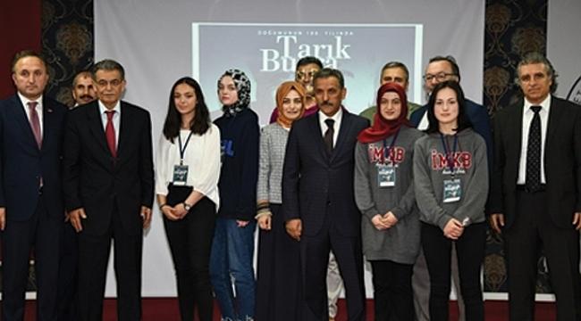 Öğrenciler doğumun 100. yılıda Tarık Buğra'yı andı
