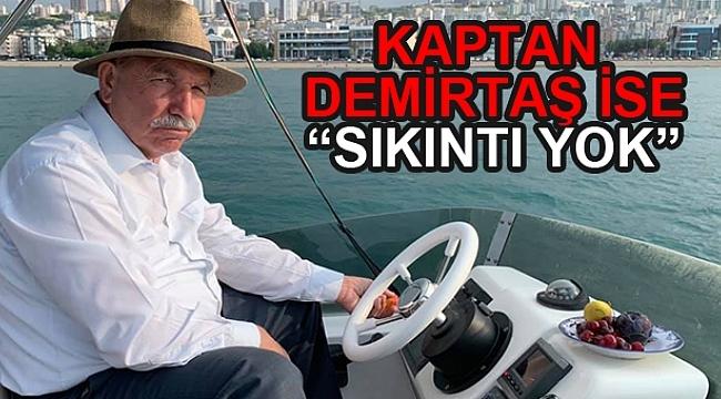 DOSTLAR KARADENİZ'DE TEKNEYLE TURLADI