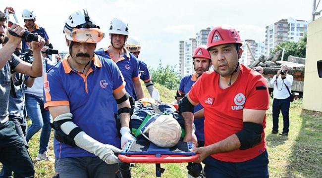 Samsun'da deprem tatbikatı nefesleri kesti