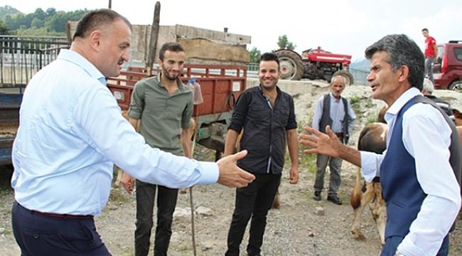 Akgül 'den kurban pazarı sözü