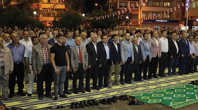 Çarşambalılar 15 Temmuz'da meydanı doldurdu