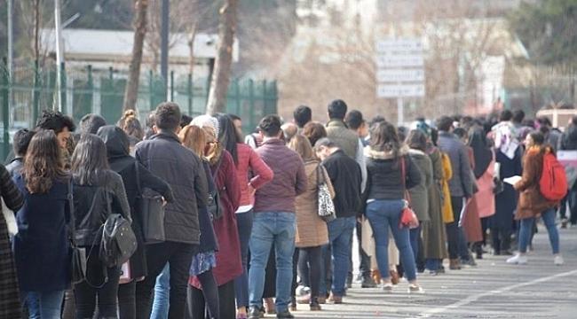 Nisan ayında işsizlik arttı