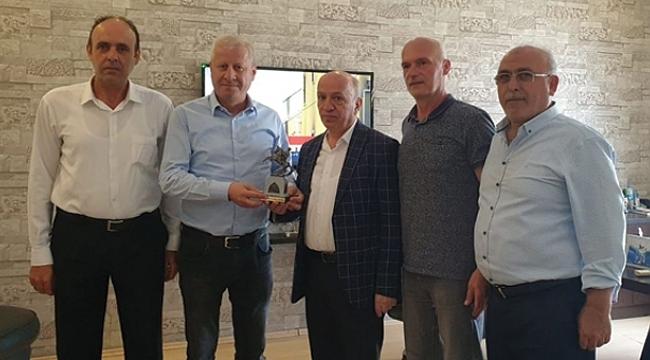 Sakarya Ticaret Borsası Başkanı Sarı'dan Çakır'a ziyaret