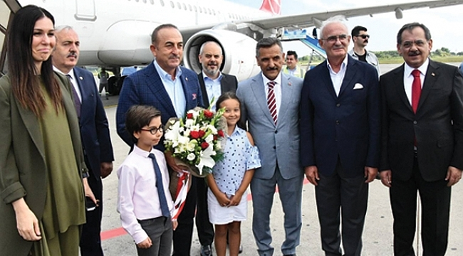 Bakan Çavuşoğlu Samsun'da
