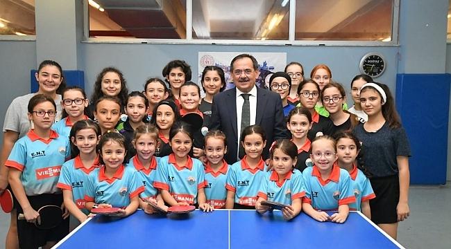 Büyükşehir Belediye Başkan Mustafa Demir'den  'SPOR'a ve 'SPORCU'ya destek