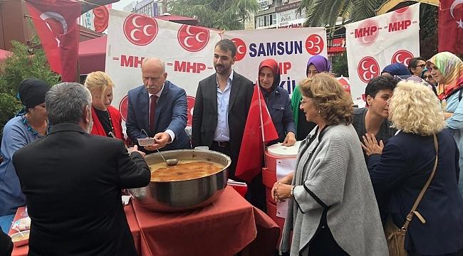 MHP Samsun'dan aşure ikramı