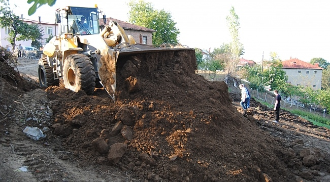 Canik'te kırsal mahalleler yollarına kavuşuyor