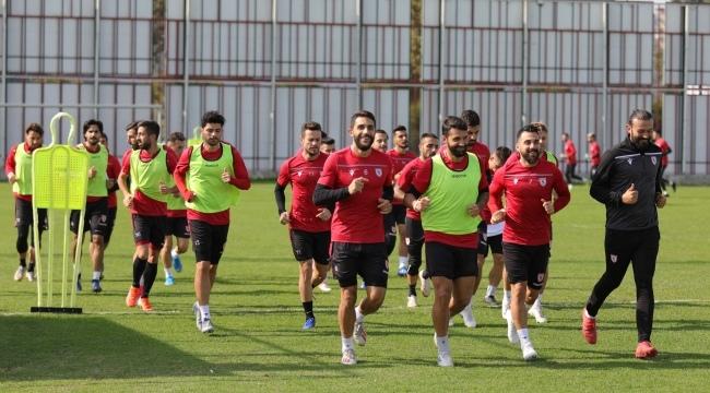 Samsunspor antrenmanlarını sürdürüyor