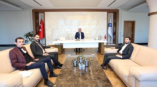 Ülkücülerden Başkan Sandıkçı ve Rektör Aydın'a ziyaret
