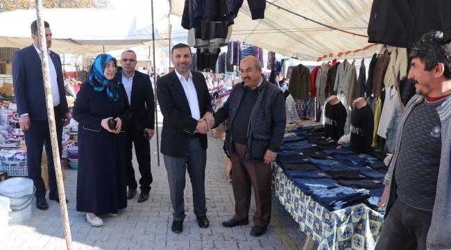 Başkan Sarıcaoğlu pazarcı esnafı ie buluştu
