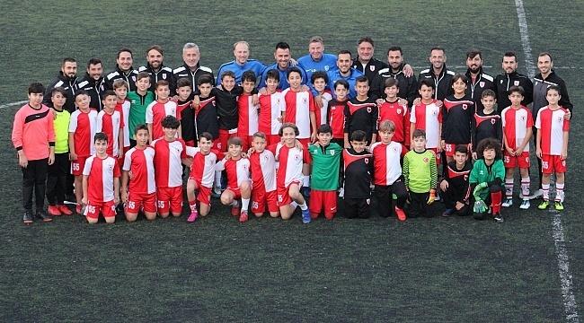 Samsun Haber - Belçikalı antrenörlerden Samsunspor'a eğitim