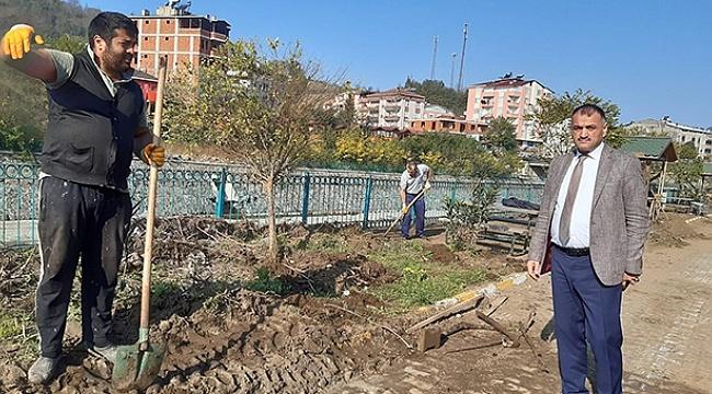 Salıpazarı'nda selde yıkılan park yenileniyor