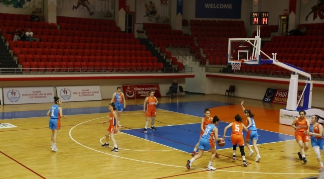 Samsun Haber -  İlkadımlı basketbolcular fark attı