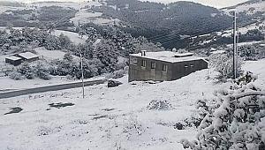 Samsun Haber - Samsun'a mevsimin ilk karı düştü