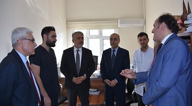 Samsun Haber - Samsun Haber - Rektör Bilgiç darp edilen doktoru ziyaret etti