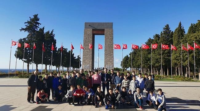 Samsun Haber -  TÜGVA'lı gençlerden ecdada vefa ziyareti