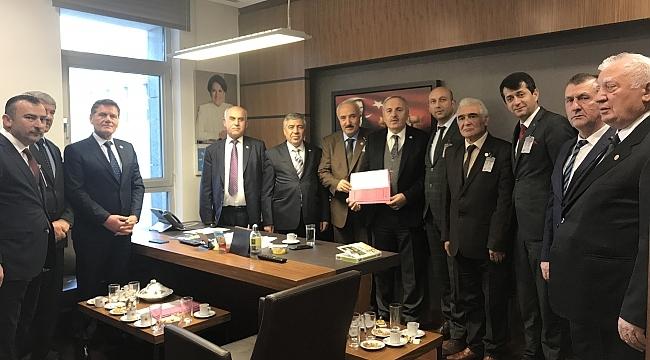 Samsun Ziraat Odaları başkanları Yaşar'ı ziyaret etti