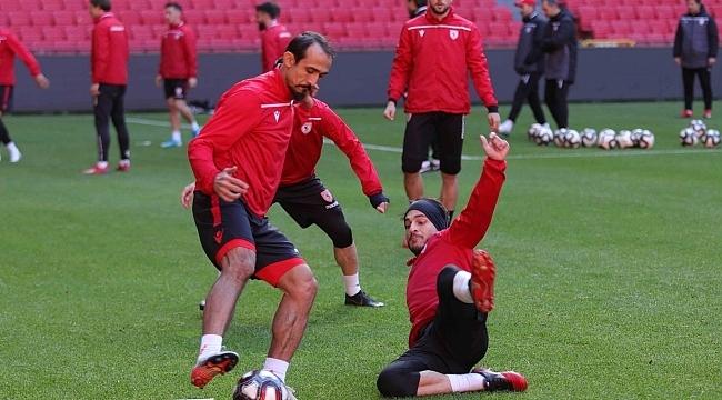 Samsunspor BAKspor maçı hazırlıklarını tamamladı