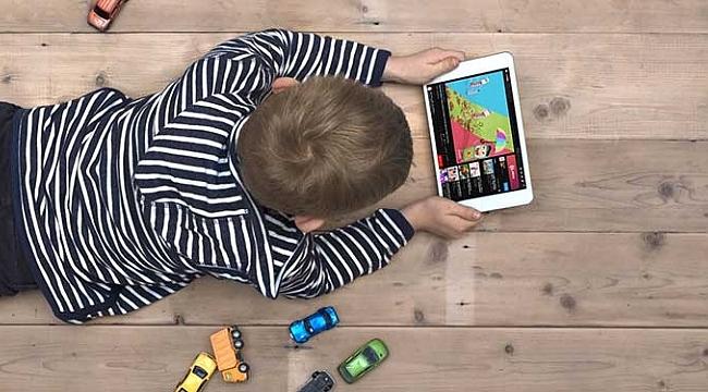 Ekranlar Çocukları Olumsuz Etkiliyor