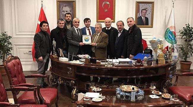 İlkadım Kavaklılar Derneği'nden Başkan Demirtaş'a teşekkür ziyareti
