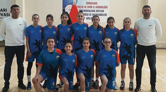 İlkadımlı basketbolcular Anadolu Şampiyonasına adını yazdırdı
