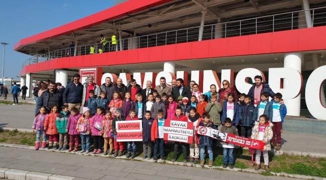 Öğrencilere Samsunspor sevdası aşılanıyor