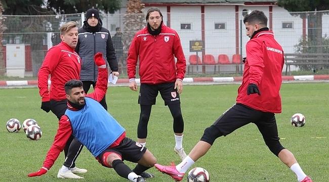 Samsunspor Manisa FK'ya bileniyor