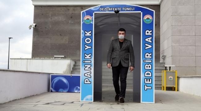 İlkadım Belediyesi'nden virüse karşı dezenfekte tüneli