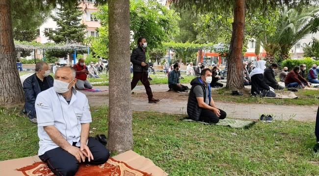 Samsun'da 2.5 ay sonra ilk cuma namazı kılındı