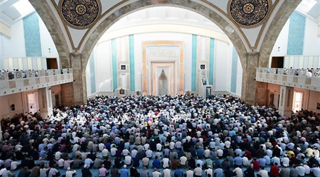 Samsun'da cuma namazı heyecanı