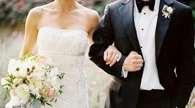 Düğünlerde halaya korona engeli