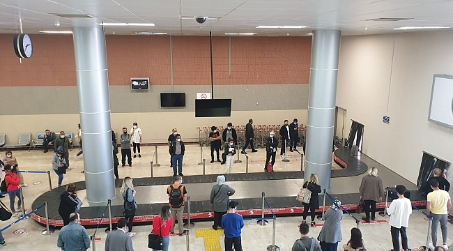 Samsun'a 2 ay sonra ilk uçuş gerçekleşti