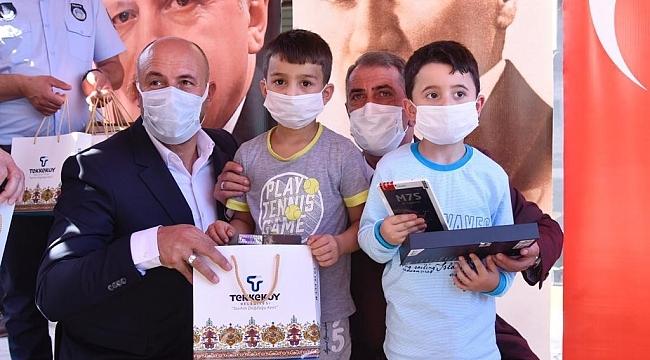 samsun haber - Tekkeköy'de tabletsiz öğrenci kalmadı