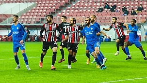 Samsunspor Tuzla'yı rahat geçti